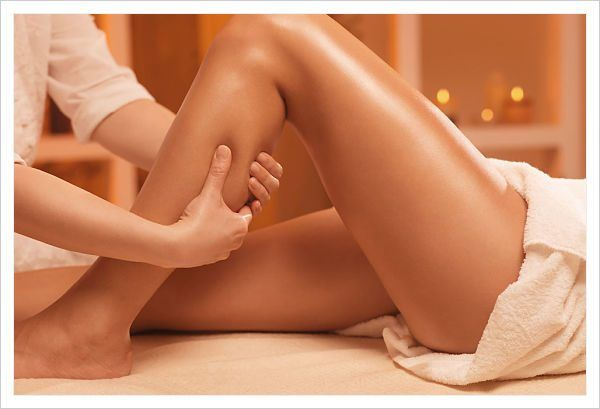 masaje de piernas a tu pareja