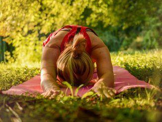 Descansa gracias al yoga